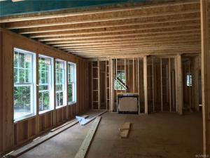 17213 Shoreland Drive - Family Room