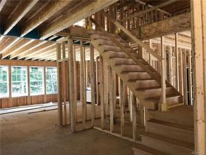 17213 Shoreland Drive - Staircase