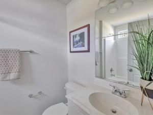 43-Bathroom(1)